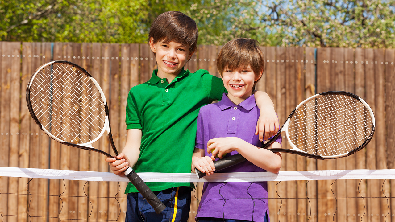 テニスコート外のマナー